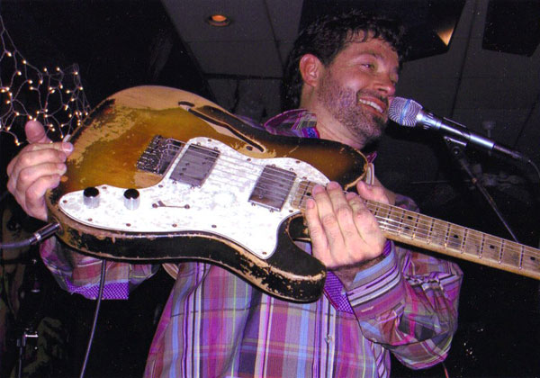 1000+ images about People playing Telecasters on Pinterest ...   Tab Benoit Telecaster
